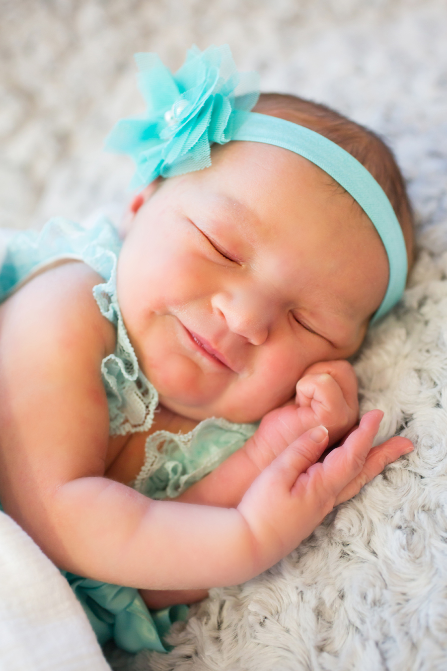 Meet Cutest babies Ever - Cute Babies and Toddlers ...  Most Cute Baby Girl In The World