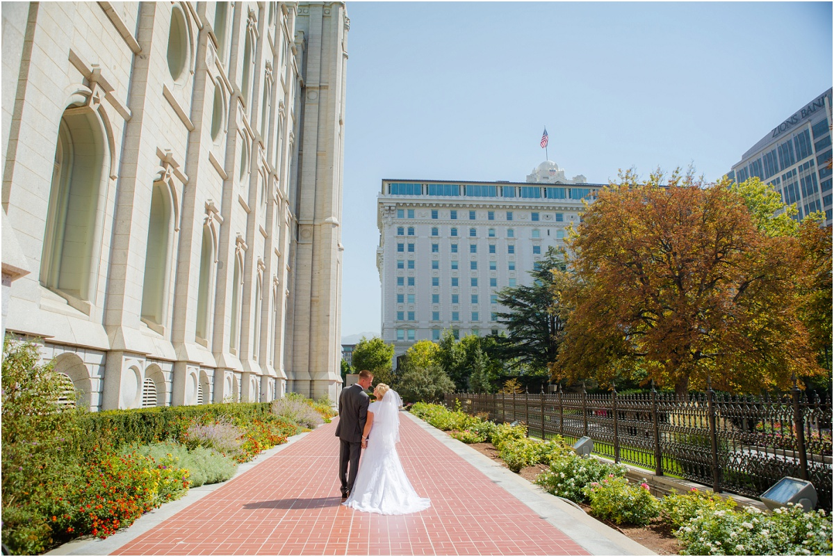 Salt Lake Temple Willow Creek Country Club Wedding terra cooper photography_1549.jpg