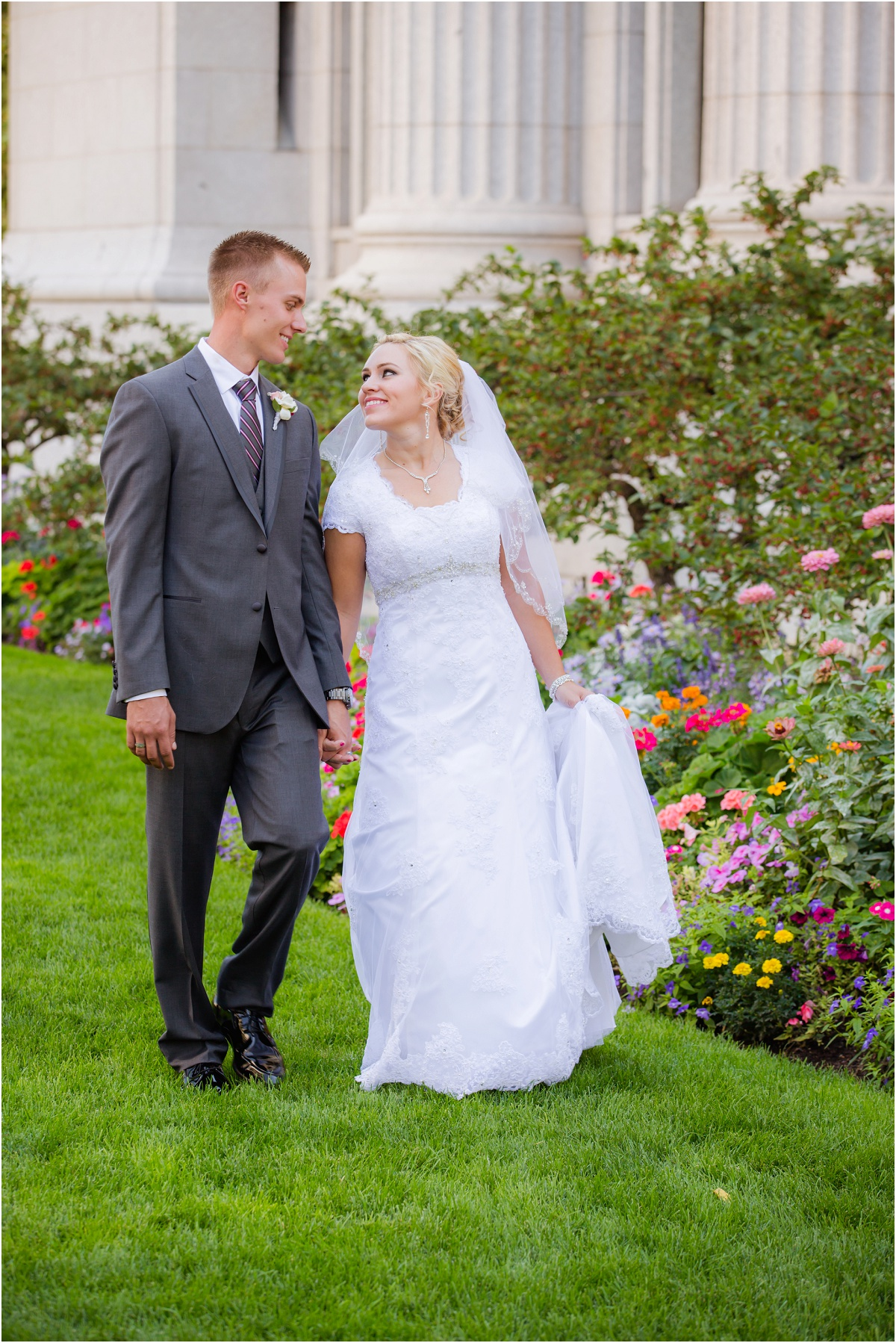 Salt Lake Temple Willow Creek Country Club Wedding terra cooper photography_1561.jpg