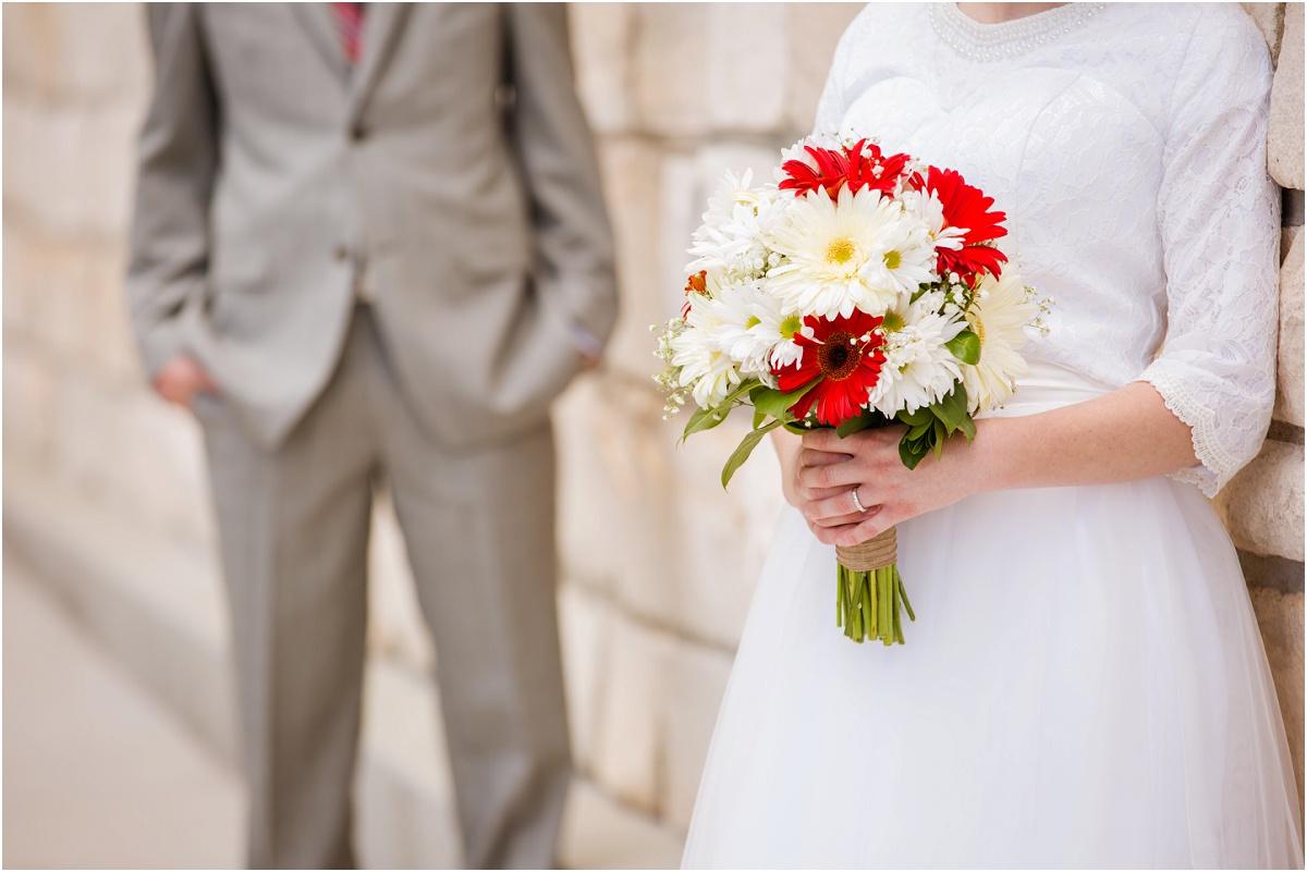 Manti Temple Rustic Wedding Terra Cooper Photography_3073.jpg