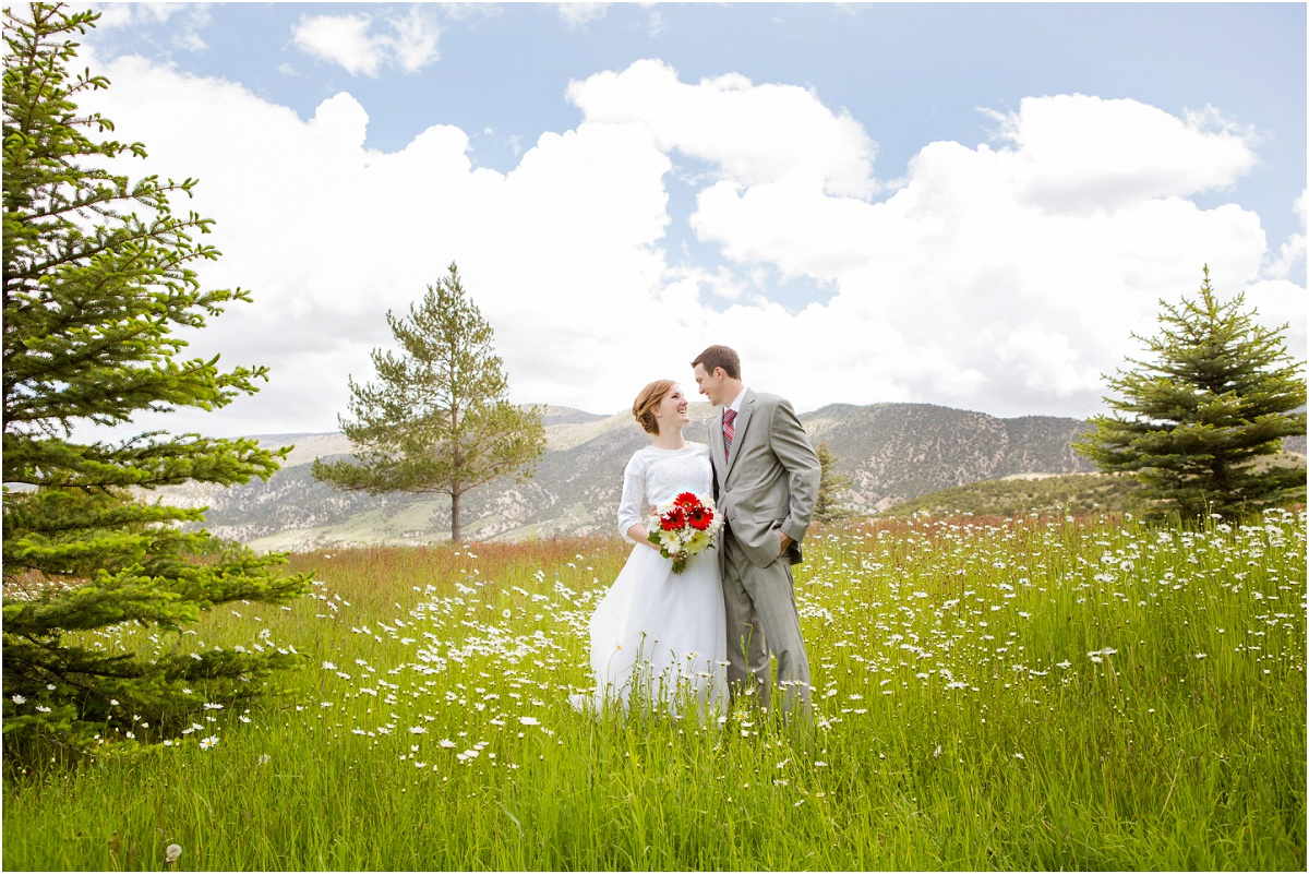Manti Temple Rustic Wedding Terra Cooper Photography_3076.jpg