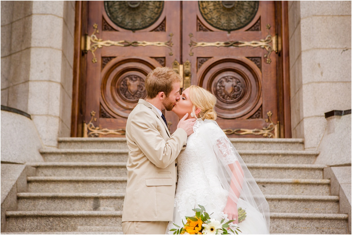 Salt Lake Temple Wedding Terra Cooper Photography_3150.jpg