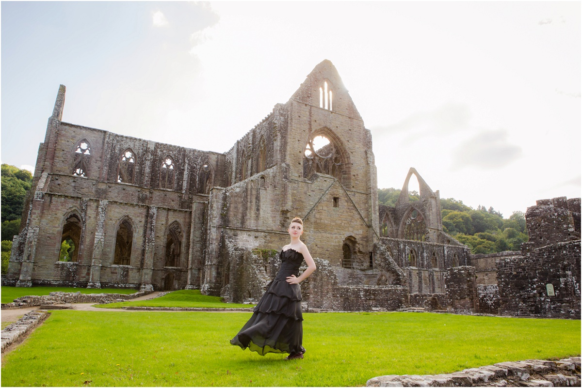 Tintern Abbey Terra Cooper Photography_4548.jpg