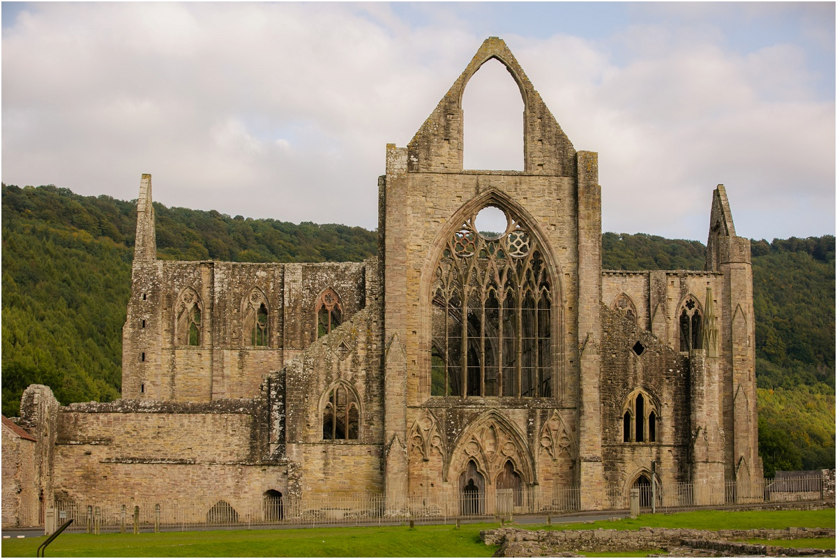 Tintern Abbey Terra Cooper Photography_4570.jpg
