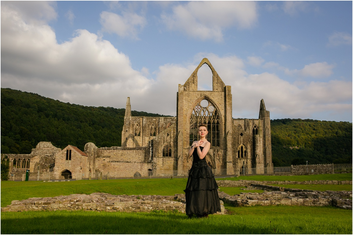 Tintern Abbey Terra Cooper Photography_4572.jpg