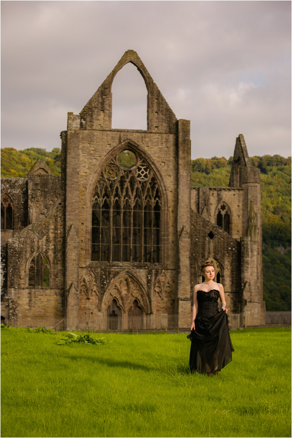 Tintern Abbey Terra Cooper Photography_4577.jpg