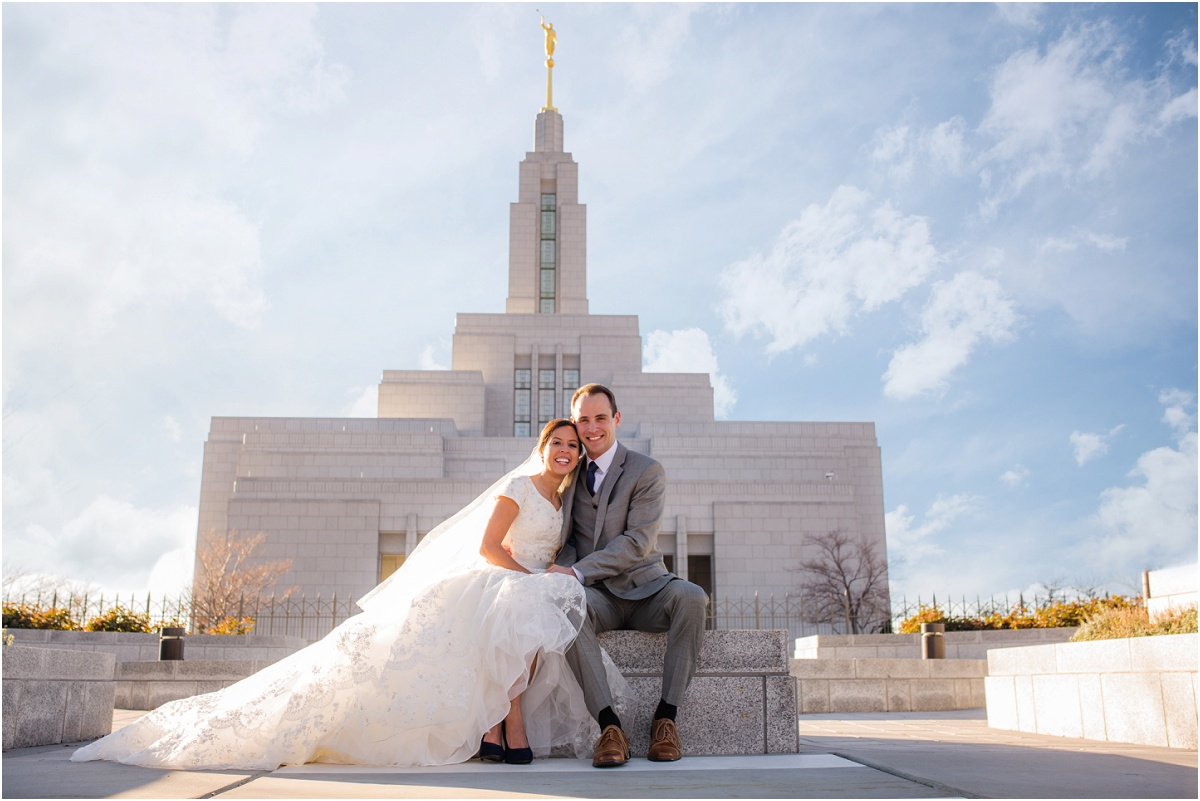 Salt Lake Draper Temple Winter Wedding Terra Cooper Photography_5015.jpg
