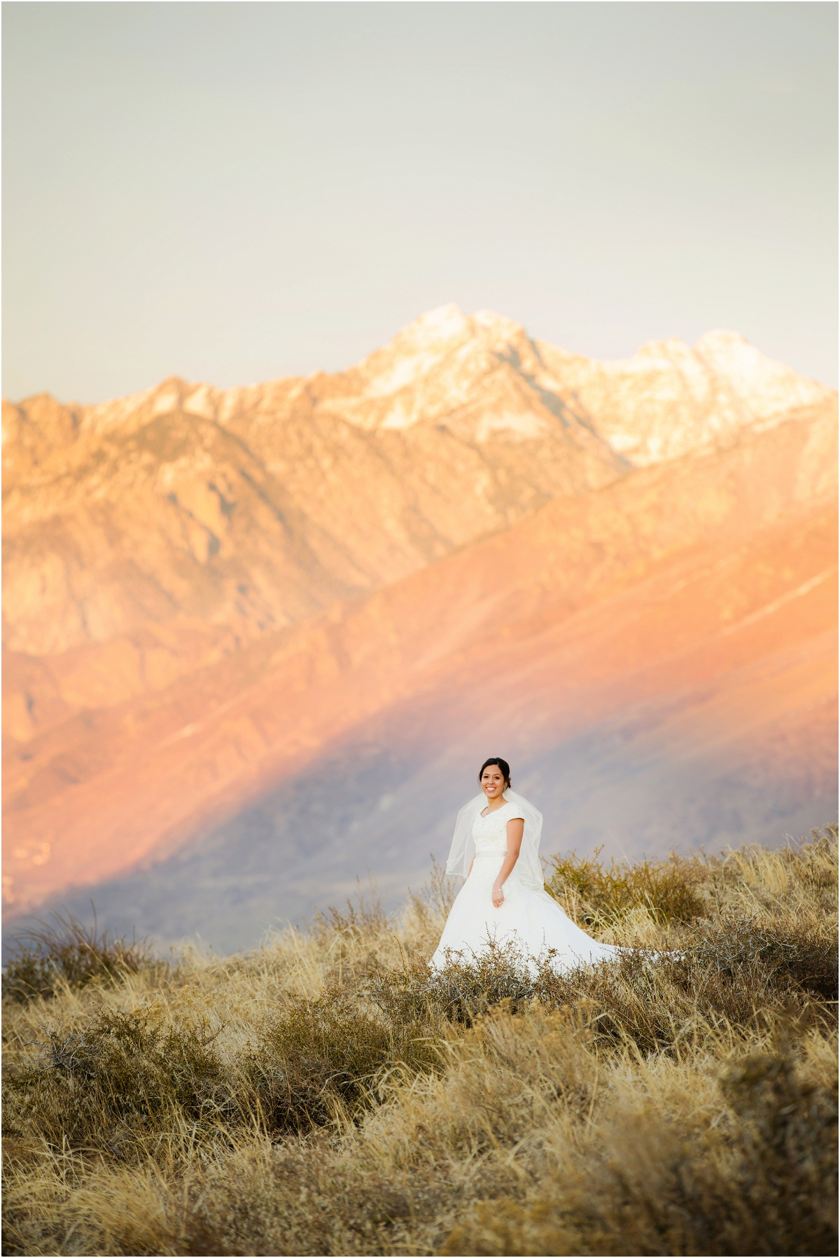 Salt Lake Draper Temple Winter Wedding Terra Cooper Photography_5030.jpg