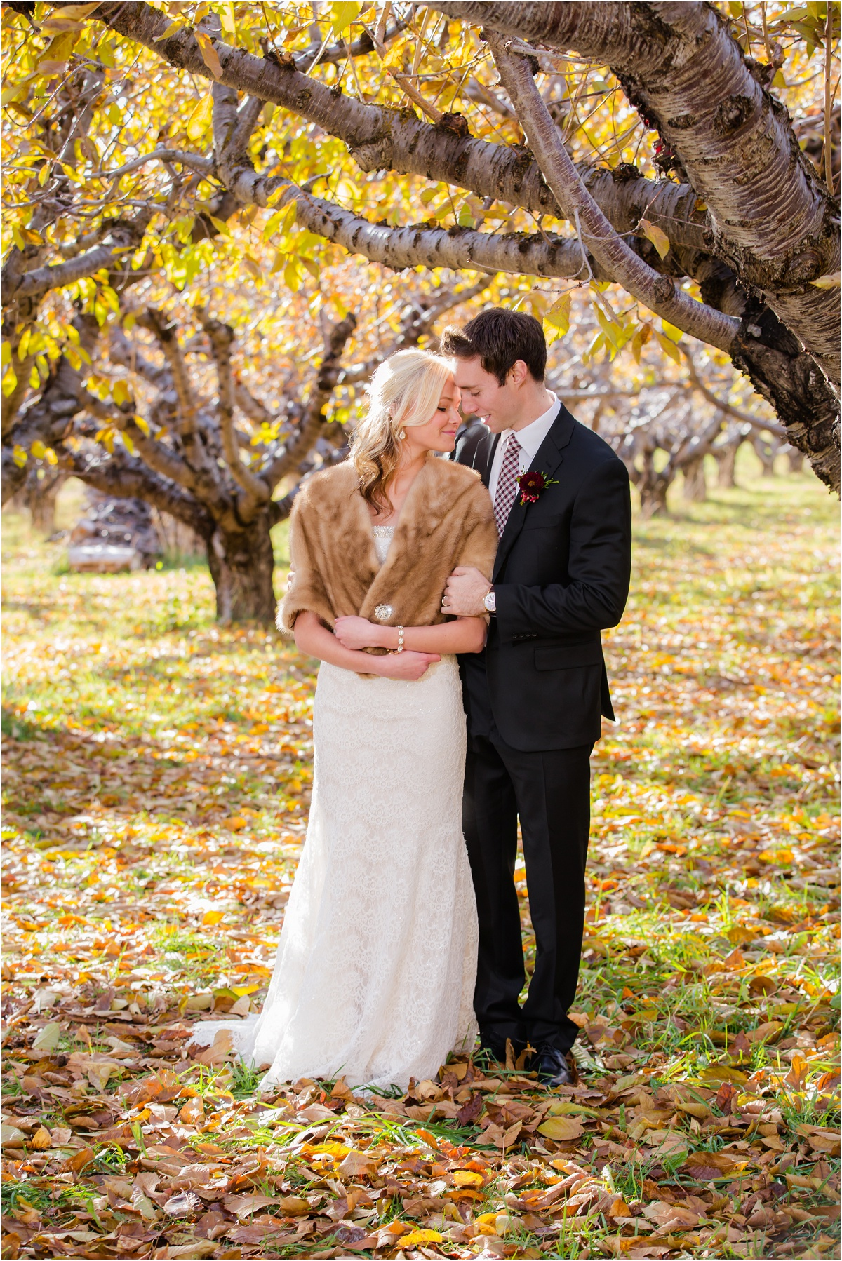 Salt Lake Temple Fall Wedding Terra Cooper Photography_4973.jpg