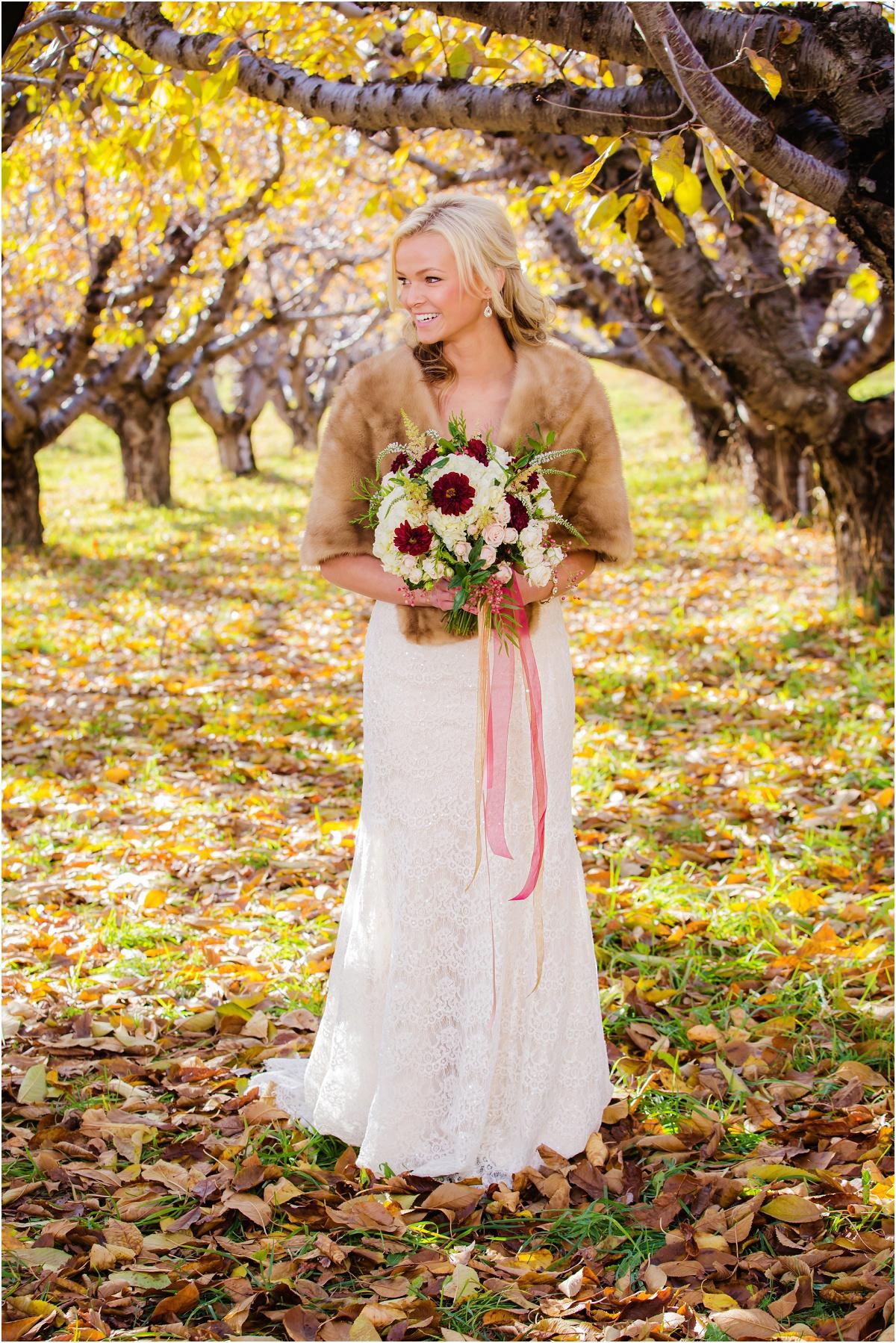 Salt Lake Temple Fall Wedding Terra Cooper Photography_4976.jpg