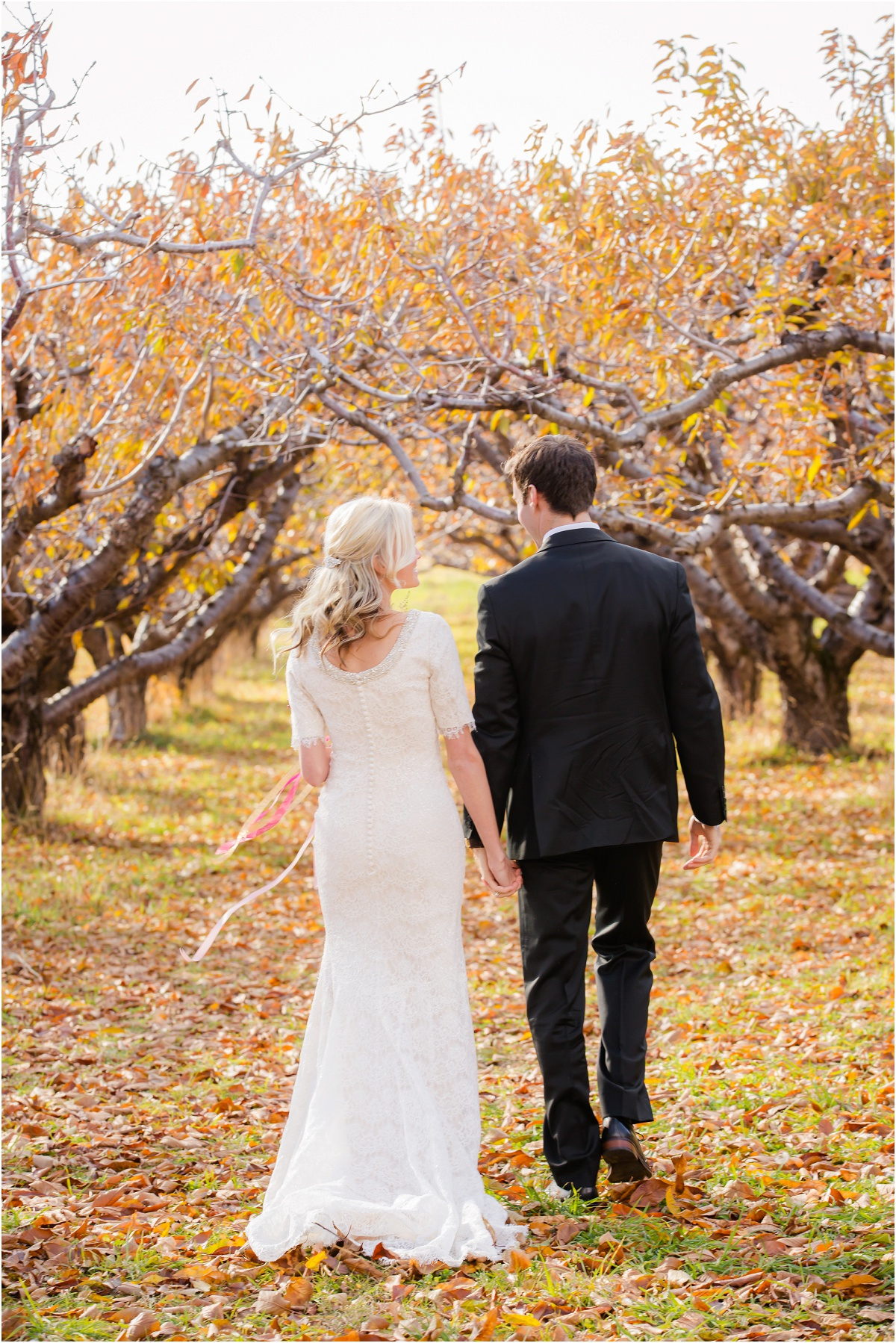 Salt Lake Temple Fall Wedding Terra Cooper Photography_4977.jpg
