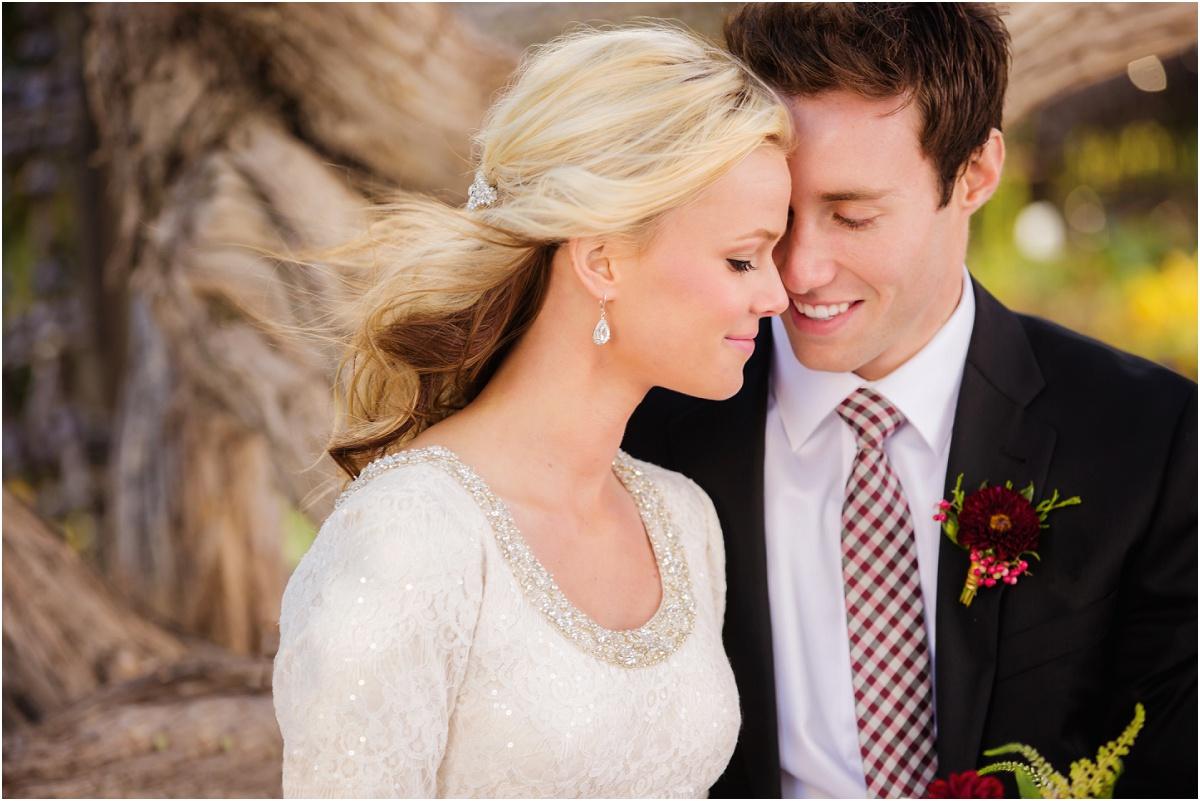 Salt Lake Temple Fall Wedding Terra Cooper Photography_4980.jpg