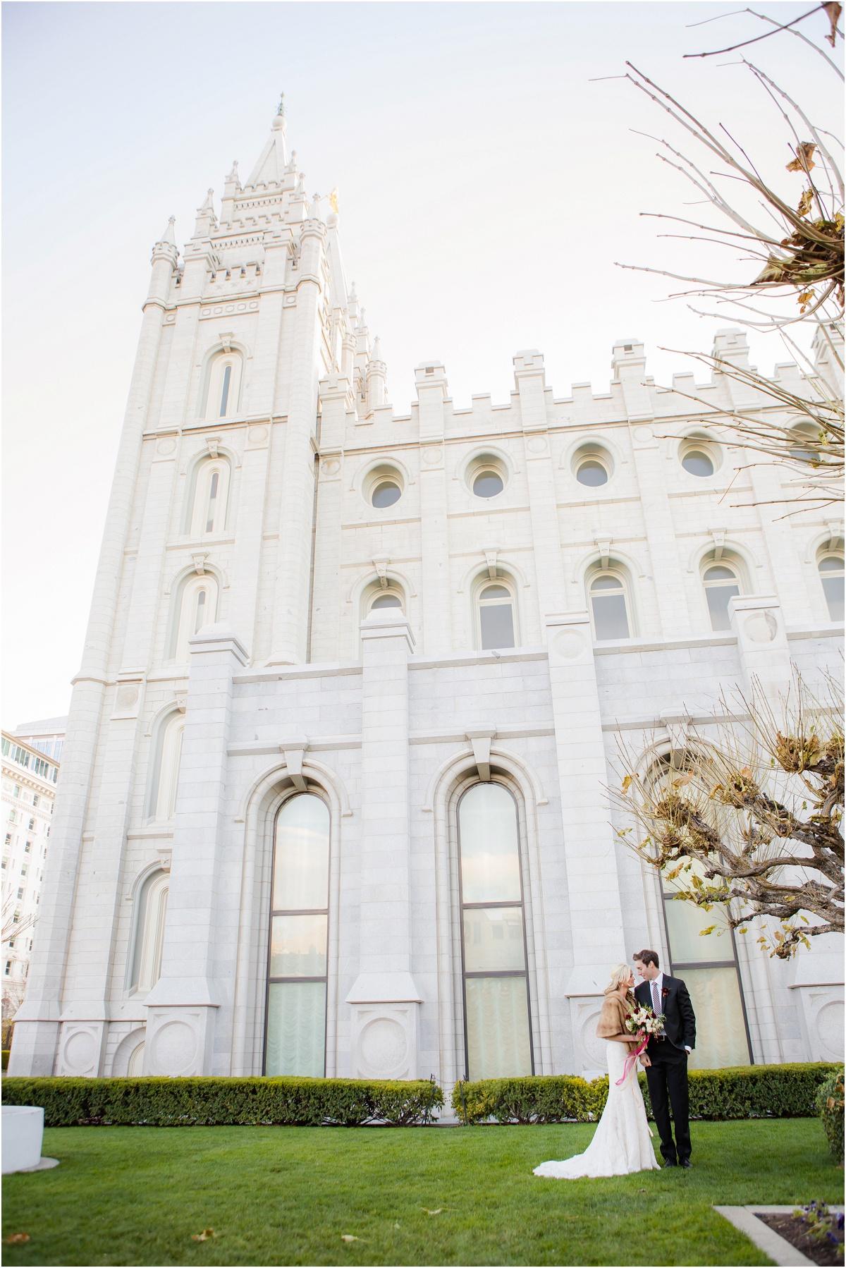 Salt Lake Temple Fall Wedding Terra Cooper Photography_4990.jpg