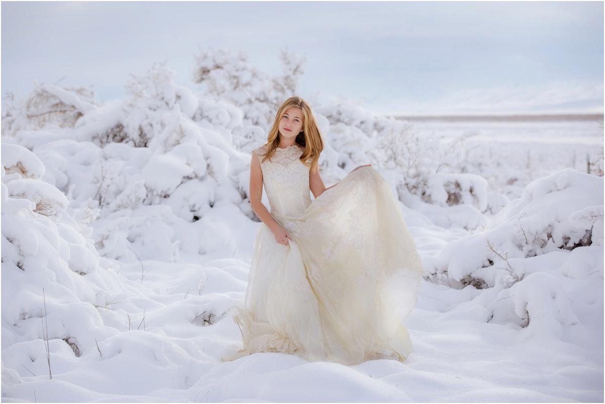 Snow Princess Winter Shoot Terra Cooper Photography_5040.jpg