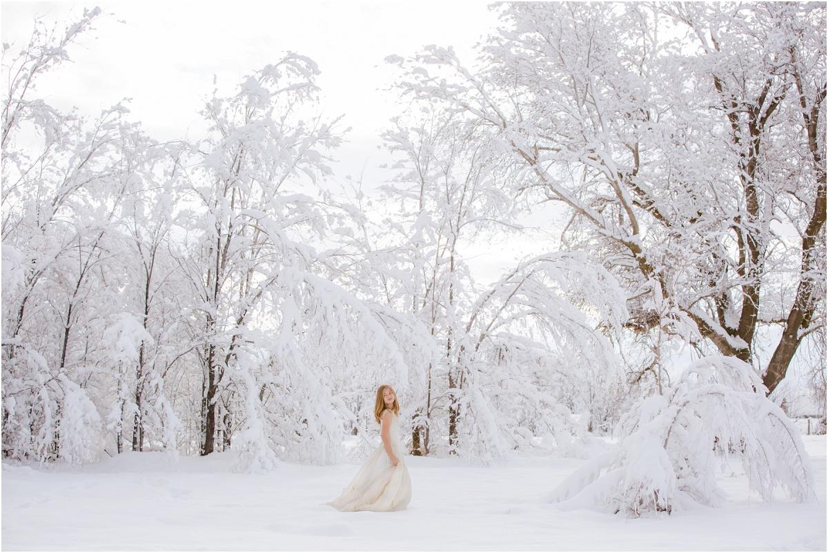 Snow Princess Winter Shoot Terra Cooper Photography_5041.jpg