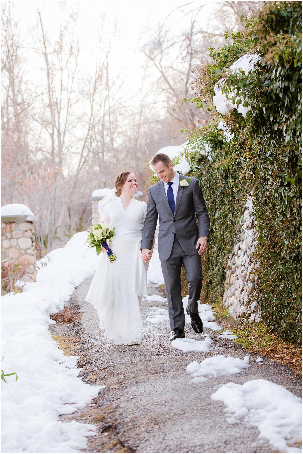 Terra Cooper Photography Salt Lake Temple Wedding_5261.jpg